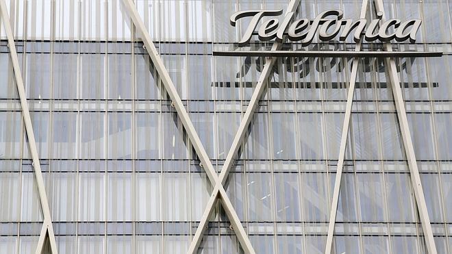 Telefónica gana un 56,9% menos en el primer trimestre por la ausencia de extraordinarios
