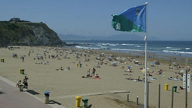 España vuelve a batir el récord mundial de banderas azules