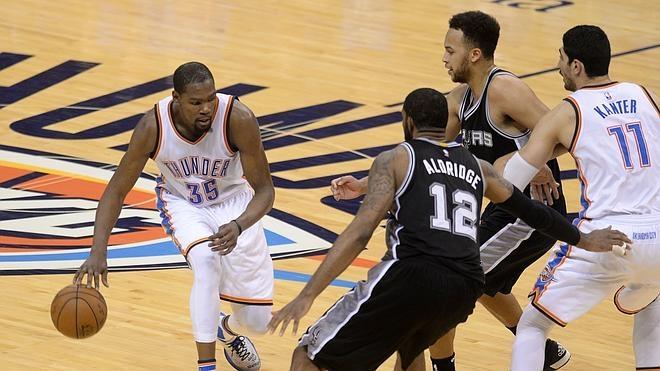 Durant y Westbrook meten a los Thunder en la Final de la Conferencia Oeste