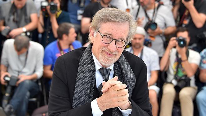 Spielberg lleva a Cannes la magia de Disney