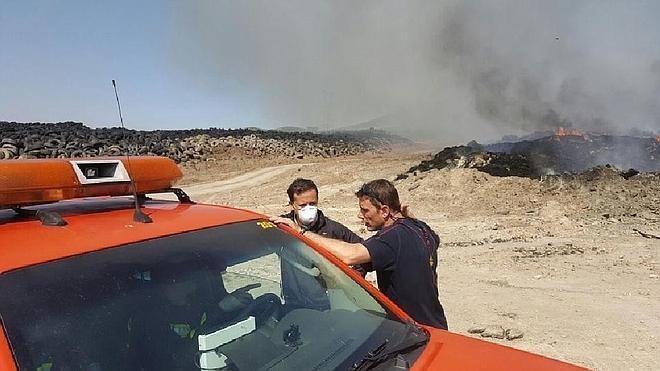Los padres de Seseña no quieren llevar a sus hijos al colegio de El Quiñón mientras siga activo el incendio
