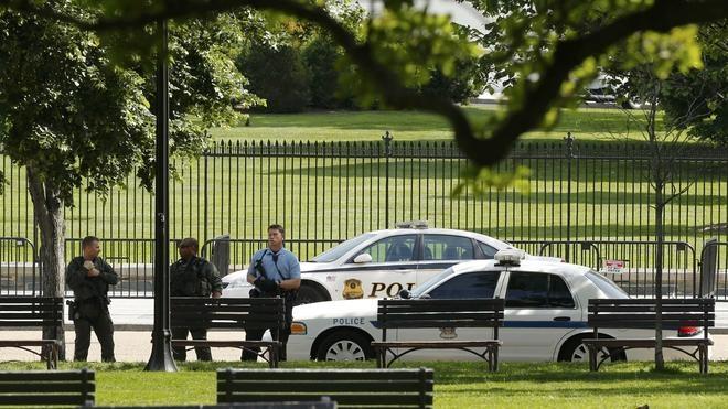 Levantan el bloqueo sobre la Casa Blanca tras un tiroteo en los alrededores