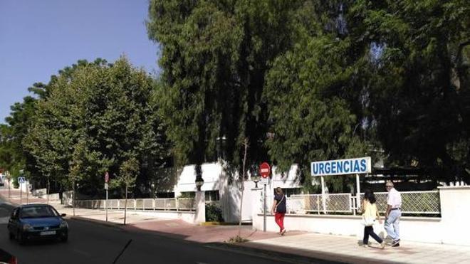 Fallece un hombre en Málaga tras esperar más de una hora una ambulancia