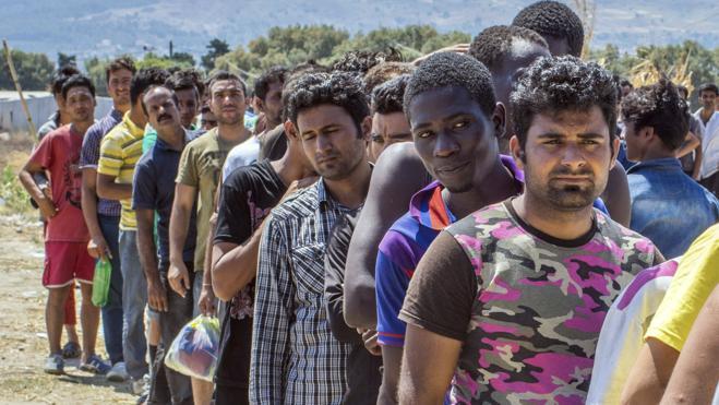 La Guardia Civil teme que el flujo de inmigrantes irregulares se acerque a España