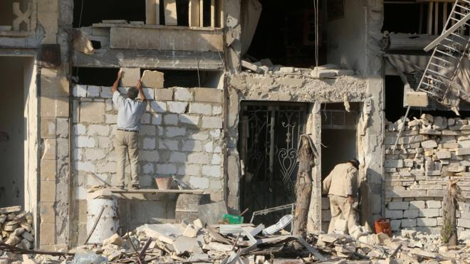 Mueren 51 civiles, cuatro de ellos niños, en bombardeos en Alepo