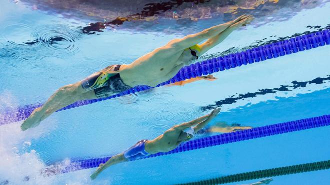 Las historias extraordinarias que flotan en la piscina