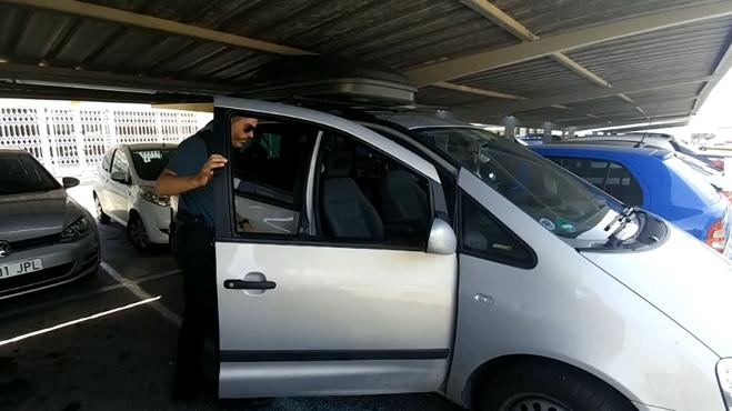 Detenido el padre del bebé encontrado inconsciente dentro de un coche en Alicante