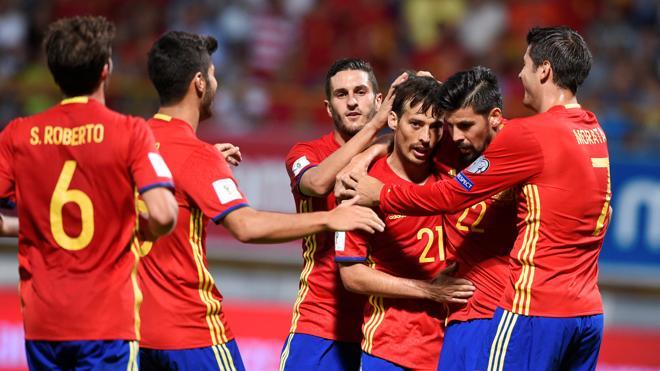 Goles y novedades en una España que convence