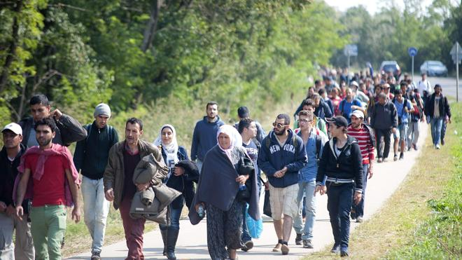 Austria amenaza con ir a los tribunales si Hungría se niega a reacoger refugiados