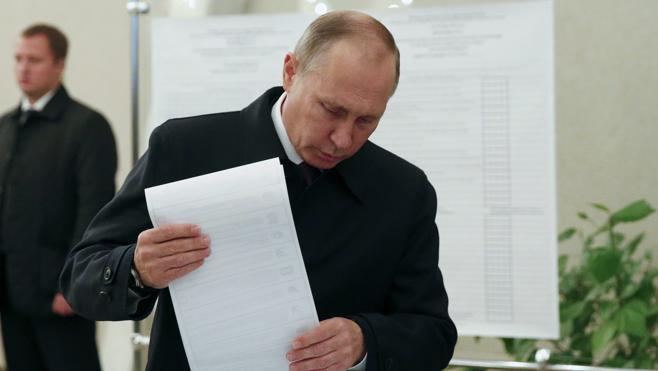 Más de cien millones de rusos están llamados hoy a las urnas