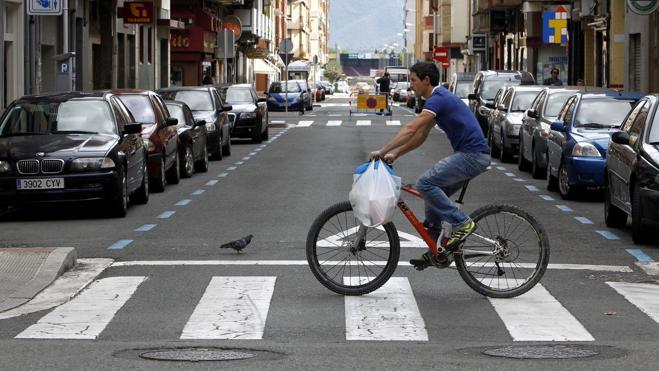 Varias ciudades se suman hoy al Día Sin Coches con cortes de calles o transporte público gratis