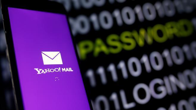 Yahoo cumplió con una orden judicial para espiar correos de sus usuarios