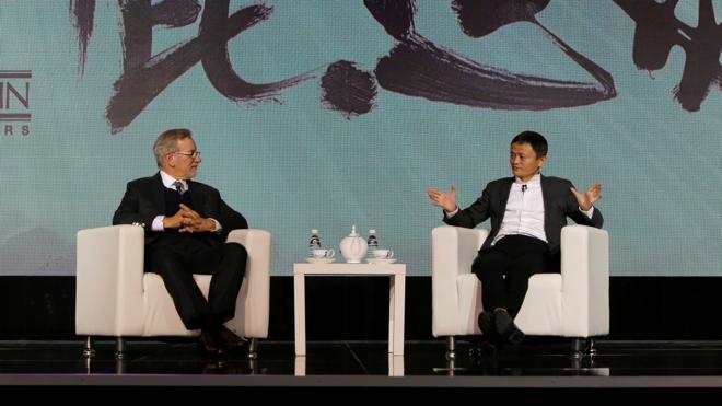 Alibaba invierte en la compañía de Spielberg