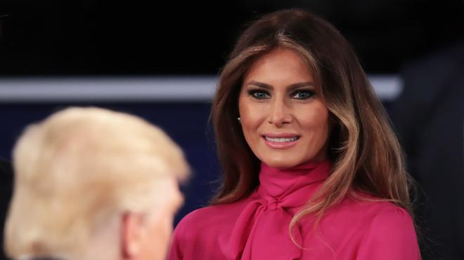 Melania Trump declara la guerra a la revista People