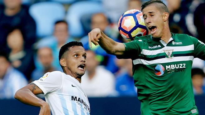 El Málaga borra del campo al Leganés