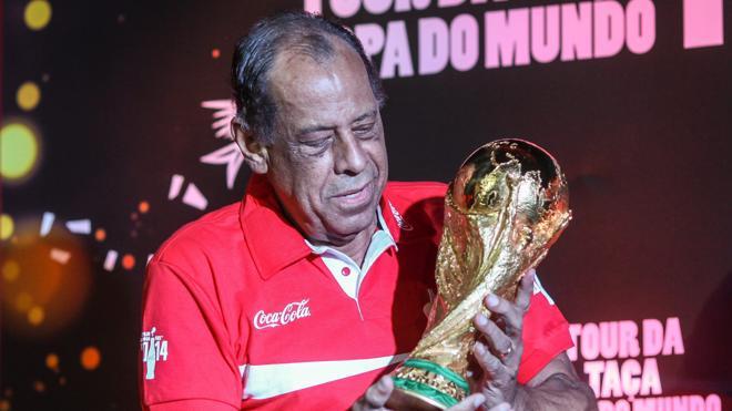 Fallece Carlos Alberto, legendario capitán del Brasil del 70
