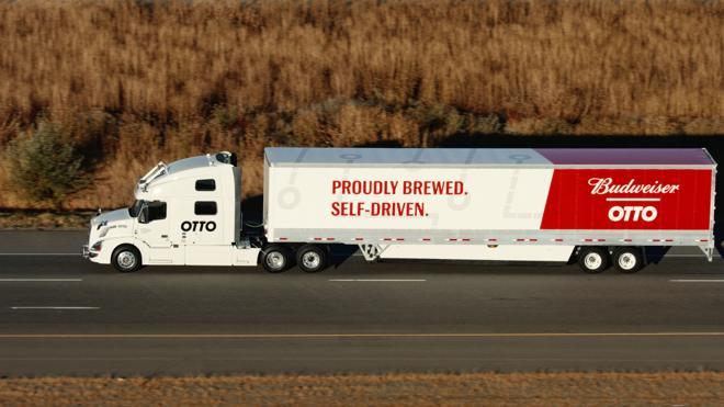 Un camión sin conductor cargado de cerveza atraviesa Colorado con éxito