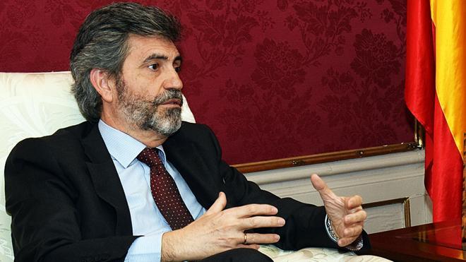 El presidente del Supremo avisa en Barcelona que hacer cumplir la ley no es «una afrenta»