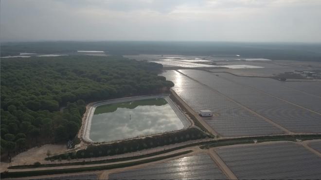 WWF detecta 1.700 balsas de riego en Doñana y estima que el 80% son ilegales