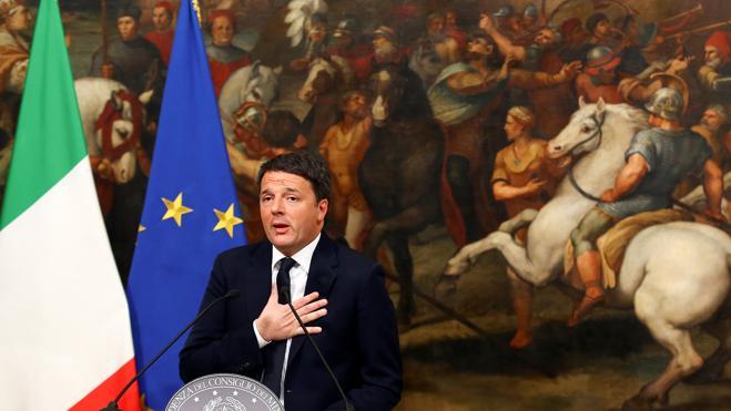 Renzi dimite y plantea un Gobierno de unidad o elecciones anticipadas
