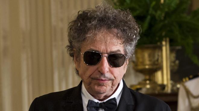 Bob Dylan: «Nunca me pregunté si mis canciones son literatura»