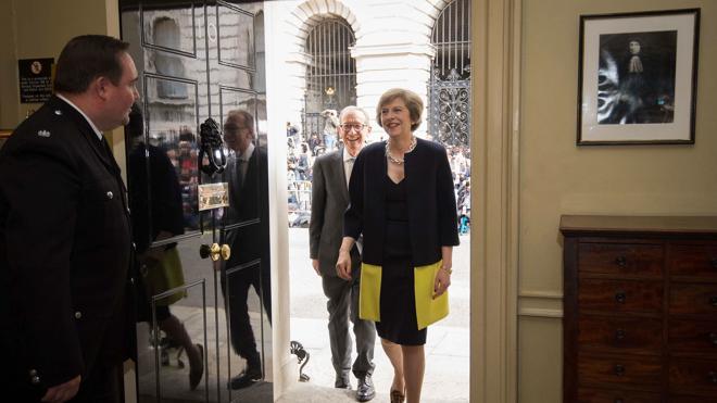 Londres cree que tardará una década en cerrar un acuerdo comercial con la UE tras el 'Brexit'