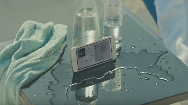 Piden la retirada del anuncio del iPhone 7 por publicidad engañosa