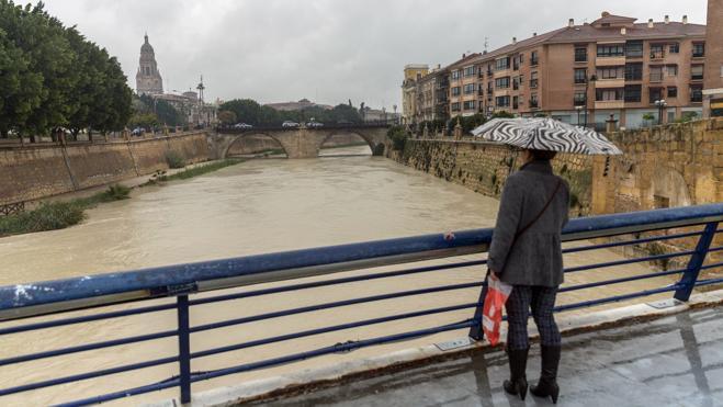 Suspenden las clases en 23 de los 45 municipios de Murcia por el temporal