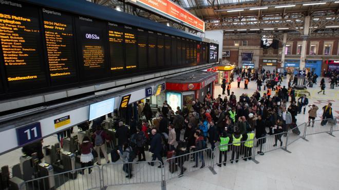 La huelga se extiende en el Reino Unido al acercarse la Navidad