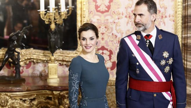El Rey anima a «no escatimar esfuerzos» para prevenir el terrorismo