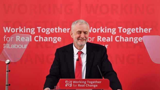Corbyn intenta recuperar la confianza de los votantes laboristas a favor del 'Brexit'