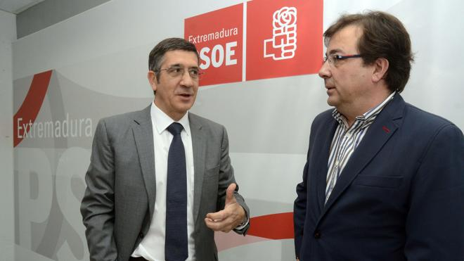 Fernández Vara y Patxi López se citan en Madrid