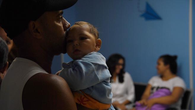 La angustia rodea a los 'niños del zika' un año después del brote de microcefalia en Brasil