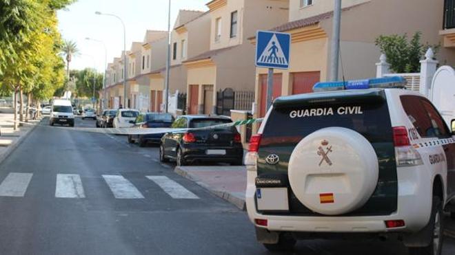Un hombre asesina a su expareja en Huércal de Almería