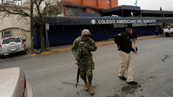 Un niño de 12 años dispara y hiere de gravedad a tres compañeros en un colegio de México
