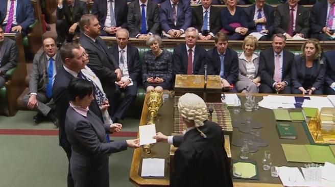 Los diputados británicos aprueban romper con la UE