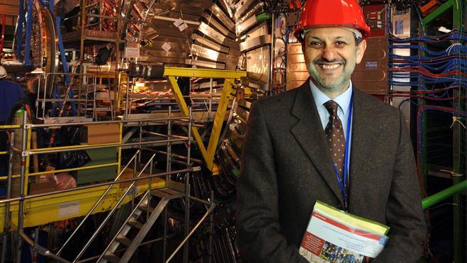 Pese al bosón de Higgs, «lo normal en la física es el error»