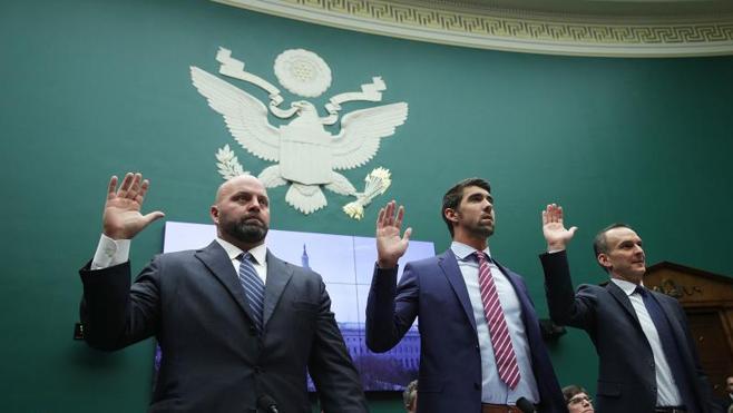 Phelps reclama una revisión urgente de los procedimientos antidopaje