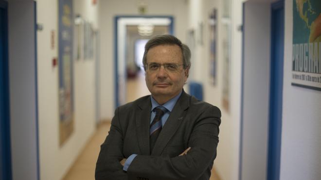 Rafael Matesanz: «Fabricar órganos con células previas sería la panacea»