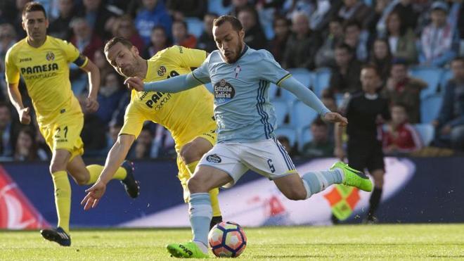 El Villarreal asalta Balaídos y desbanca a la Real Sociedad de la quinta plaza