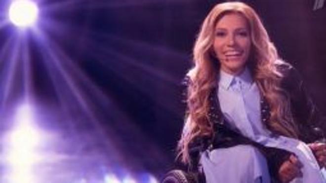 Una cantante en silla de ruedas para rebajar la tensión en Eurovisión