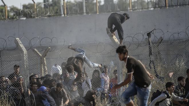 Bruselas niega que un millón de refugiados intentasen llegar a Europa tras el acuerdo turco