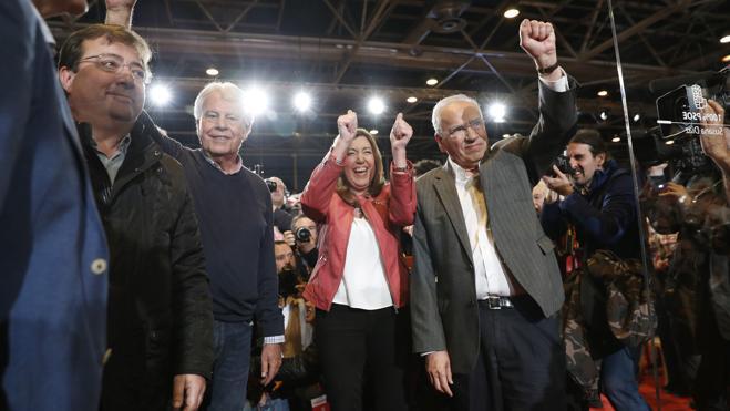 Los presidentes del PSOE claman por un partido unido con Susana Díaz