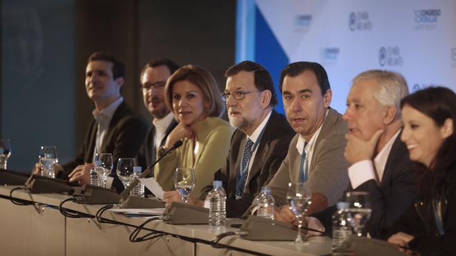 Rajoy reúne a la cúpula del PP tras concluir los congresos regionales