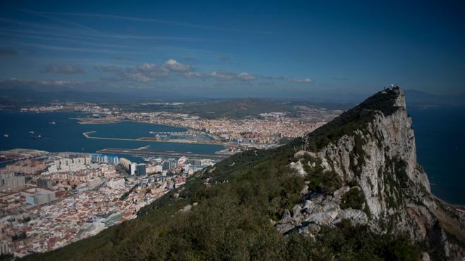 La Eurocámara deja fuera a Gibraltar de su postura sobre el 'Brexit', como quería España