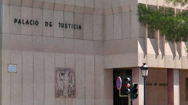 Juicio oral contra un juez de Toledo por archivar el caso de un amigo acusado de estafa
