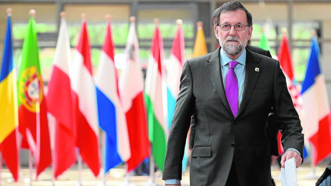 Rajoy avanza su rechazo a la propuesta de referéndum anunciada por Puigdemont
