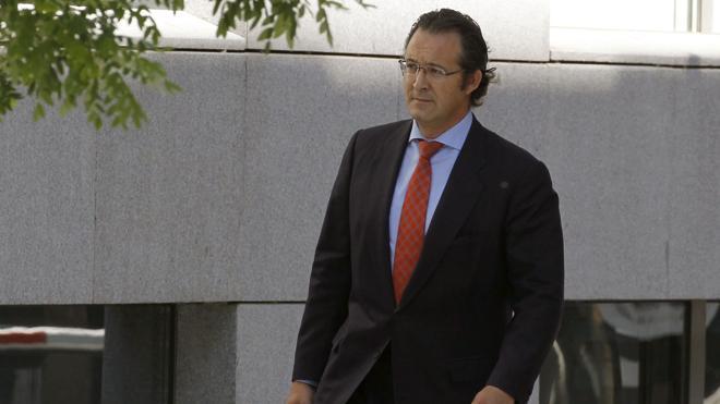 El diputado que avisó de la cuenta de González intentó alertar a Rajoy