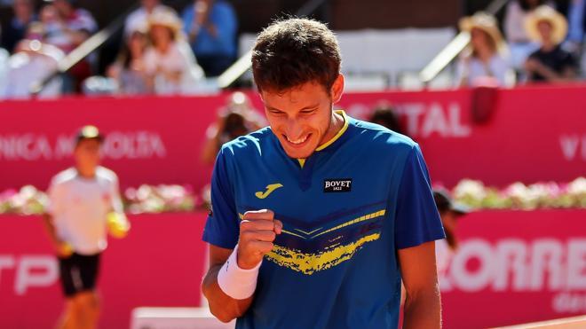 Carreño, finalista en Estoril tras vencer a Ferrer