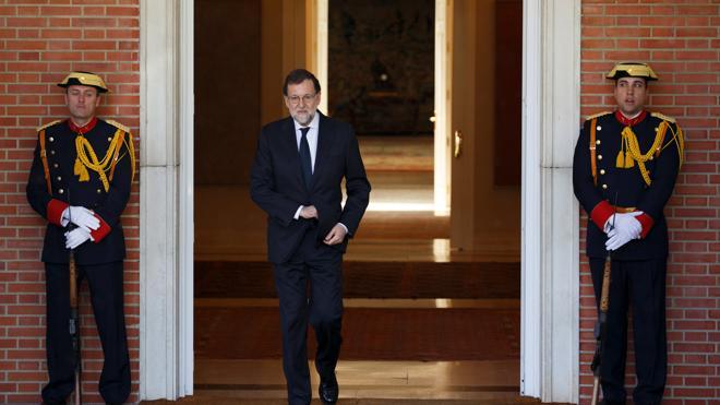 Rajoy celebra la victoria de Macron: «Se abre una etapa de más estabilidad»